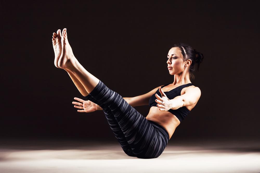 رابطه جنسی و خواب بهتر، تقویت قوای عمومی بدن، اصلاح ساختار بدن، قامتی صاف و کشیدهتر، بهبود دردهای کمری و گردنی از فواید ورزش پیلاتس است.